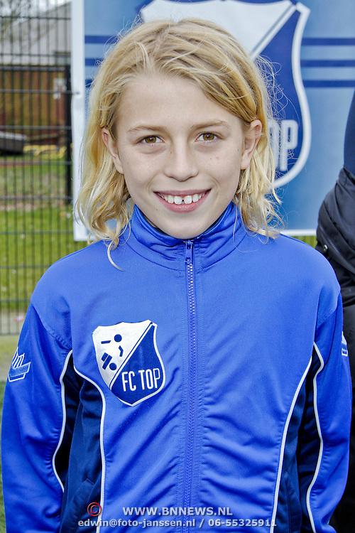 NLD/Blaricum/20120314 - Perspresentatie Koen Kampioen met als gastrol Luca Borsato, Neville van den Berg