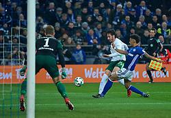 03.02.2018, Veltins Arena, Gelsenkirchen, GER, 1. FBL, Schalke 04 vs SV Werder Bremen, 21. Runde, im Bild Ishak Belfodil (SV Werder Bremen #29) beim Schuss, Thilo Kehrer (FC Schalke 04 #20) in der Abwehr, Ralf Faehrmann (FC Schalke 04 #1) zwischen den Pfosten // during the German Bundesliga 21th round match between Schalke 04 and SV Werder Bremen at the Veltins Arena in Gelsenkirchen, Germany on 2018/02/03. EXPA Pictures © 2018, PhotoCredit: EXPA/ Andreas Gumz<br /> <br /> *****ATTENTION - OUT of GER*****