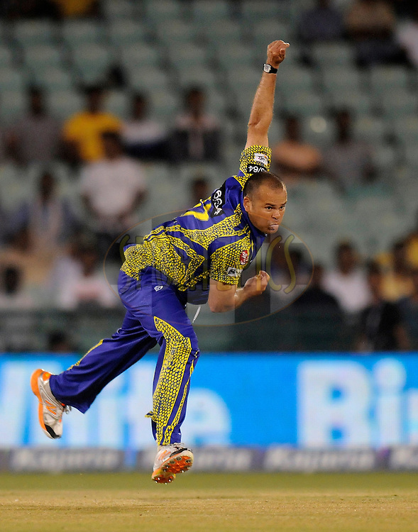 Charl Langeveldt of Cape Cobras bowls during match 3 of the Oppo Champions League Twenty20 between the Cape Cobras and the Northern Knights held at the Chhattisgarh International Cricket Stadium, Raipur, India on the 19th September 2014<br /> <br /> Photo by:  Pal Pillai / Sportzpics/ CLT20<br /> <br /> <br /> Image use is subject to the terms and conditions as laid out by the BCCI/ CLT20.  The terms and conditions can be downloaded here:<br /> <br /> http://sportzpics.photoshelter.com/gallery/CLT20-Image-Terms-and-Conditions-2014/G0000IfNJn535VPU/C0000QhhKadWcjYs