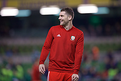 DUBLIN, IRELAND - Tuesday, October 16, 2018: Wales' Sam Vokes during the pre-match warm-up before the UEFA Nations League Group Stage League B Group 4 match between Republic of Ireland and Wales at the Aviva Stadium. (Pic by Paul Greenwood/Propaganda)