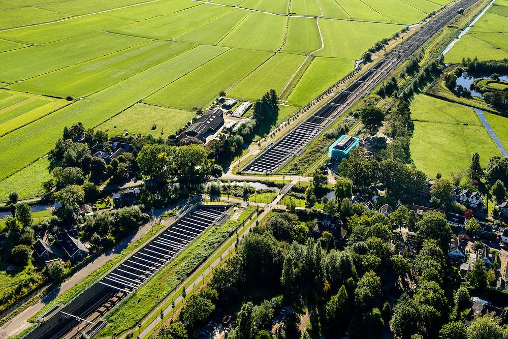 Nederland, Utrecht, Gemeente De Ronde Venen, 27-09-2015; Abcoude. Spoorweg aquaduct onder riviertje Gein.<br /> Railway aqueduct under river.<br /> luchtfoto (toeslag op standard tarieven);<br /> aerial photo (additional fee required);<br /> copyright foto/photo Siebe Swart