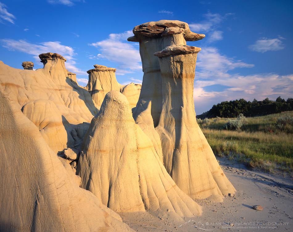 Badlands formations, Theodore Roosevelt National Park North Dakota USA