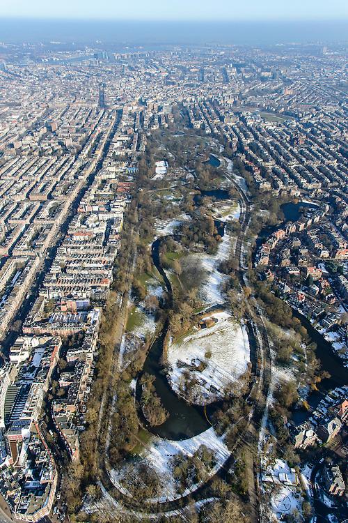 Nederland, Noord-Holland, Amsterdam, 28-10-2016; Vondelpark in de winter met Willemspark (of de Willemsparkbuurt) en  Helmersbuurt.<br /> Amsterdam South next to Vondel park.<br /> <br /> luchtfoto (toeslag op standard tarieven);<br /> aerial photo (additional fee required);<br /> copyright foto/photo Siebe Swart