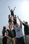 17115Football Vs. Kent State : 9/24/05..Alumni Cheerleaders