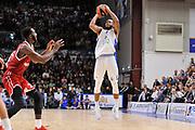 DESCRIZIONE : Eurolega Euroleague 2015/16 Group D Dinamo Banco di Sardegna Sassari - Brose Basket Bamberg<br /> GIOCATORE : MarQuez Haynes<br /> CATEGORIA : Tiro Tre Punti Three Point<br /> SQUADRA : Dinamo Banco di Sardegna Sassari<br /> EVENTO : Eurolega Euroleague 2015/2016<br /> GARA : Dinamo Banco di Sardegna Sassari - Brose Basket Bamberg<br /> DATA : 13/11/2015<br /> SPORT : Pallacanestro <br /> AUTORE : Agenzia Ciamillo-Castoria/C.Atzori