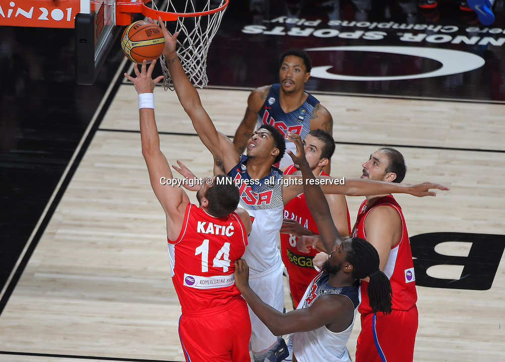 RASKO KATIC of Serbia basketball team in action during Final FIBA World cup match against KLAY THOMPSON of United states of America , Madrid, Spain Photo: MN PRESS PHOTO<br /> Basketball, Serbia, United states of America, Final, FIBA World cup Spain 2014