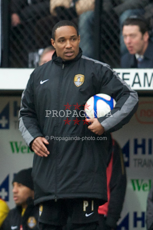 NOTTINGHAM, ENGLAND - Sunday, January 30, 2011: Notts County's manager Paul Ince during the FA Cup 4th Round match against Manchester City at Meadow Lane. (Photo by David Rawcliffe/Propaganda)