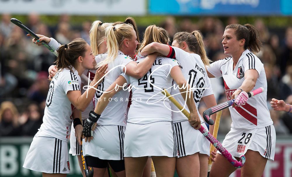 AMSTELVEEN -  Kitty van Male (A'dam)  heeft gescoord tijdens de tweede halve finalewedstrijd in de Play offs tussen Amsterdam en  SCHC (2-0).  Amsterdam gaat door naar de finale. COPYRIGHT KOEN SUYK