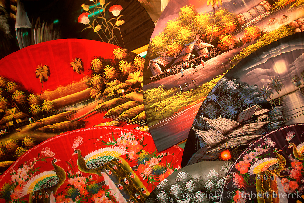 THAILAND, NORTH, GOLDEN TRIANGLE Chiang Mai, traditional hand-painted paper fans