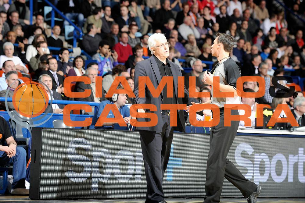 DESCRIZIONE : Championnat de France Basket Ligue Pro A  Semaine des As Finale<br /> GIOCATORE : Arbitre Monschau Christian<br /> SQUADRA : Gravelines<br /> EVENTO : Ligue Pro A 2010-2011<br /> GARA : Chalon Gravelines<br /> DATA : 13/02/2011<br /> CATEGORIA : Basketball France Ligue Pro A<br /> SPORT : Basketball<br /> AUTORE : JF Molliere par Agenzia Ciamillo-Castoria <br /> Galleria : France Basket 2010-2011 Action<br /> Fotonotizia : Championnat de France Basket Ligue Pro A Semaine des As Finale Pau