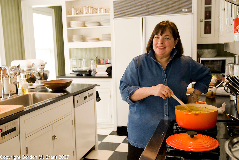 East Hampton, NY - 2/26/07 -   Food Network Television host Ina Garten, also known as the Barefoot Contessa, in her kitchen at her home in East Hampton, NY February 26, 2007.  (Photo by Gordon M. Grant)