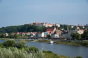 Blick auf Pirna und Elbe, Sächsische Schweiz, Sachsen, Deutschland | view on Pirna and river Elbe, Saxon Switzerland, Saxony, Germany