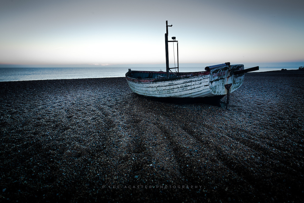 Havent been out for a while after a busy few weeks at work, but headed down to Aldeburgh for dawn todayand you could definitely tell it was December!