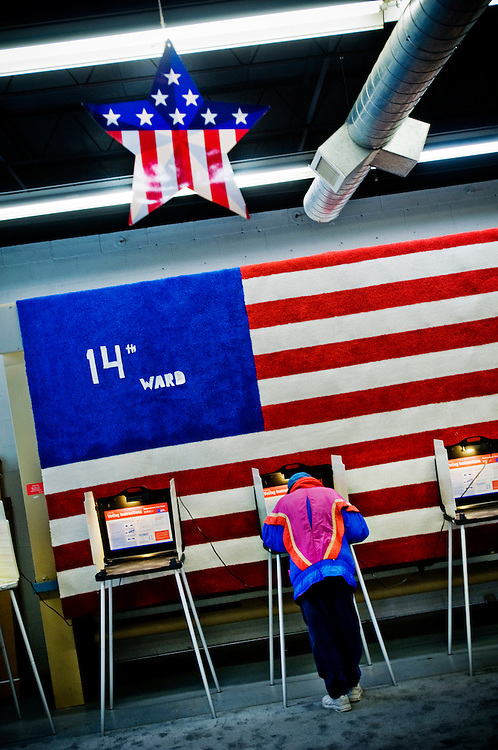 "Voter in Chicago's 14th ward polling station in the carpet store ""Exhibitors Carpet"",...Chris Maluszynski /Moment / Agence VU"