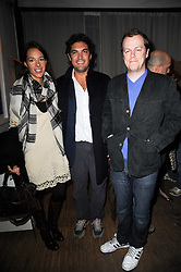 Left to right, SEBASTIAN & ANDREA LEE and TOM PARKER BOWLES at a private view of Henry Brudenell-Bruce's work held at 269 Portobello Road, London, W14 on 24th November 2009.