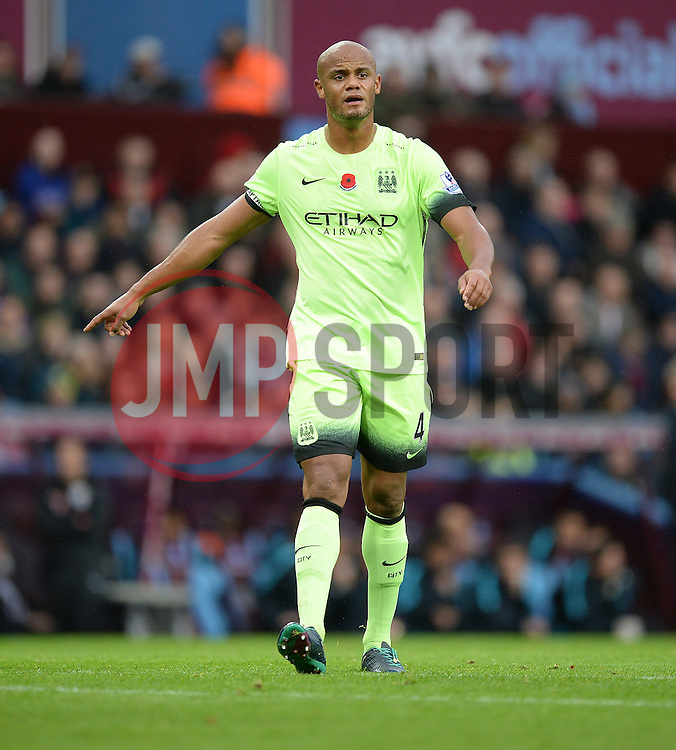 Vincent Kompany of Manchester City - Mandatory byline: Alex James/JMP - 07966 386802 - 08/11/2015 - FOOTBALL - Villa Park - Birmingham, England - Aston Villa v Manchester City - Barclays Premier League