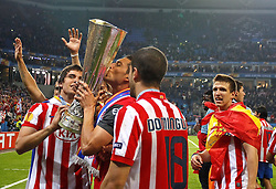 12.05.2010, Hamburg Arena, Hamburg, GER, UEFA Europa League Finale, Atletico Madrid vs Fulham FC im Bild.Atletico de Madrid's Leandro Cabrera, Borja Gonzalez, Alvaro Dominguez and Ignacio Camacho celebrate with trophy during. EXPA Pictures © 2010, PhotoCredit: EXPA/ nph/  Alvaro Hernandez / SPORTIDA PHOTO AGENCY