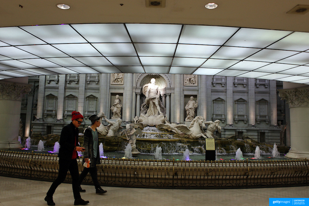 The Trevi Fountain replica in the subway at Lotte World, Seoul, South Korea. 22nd March 2012. Photo Tim Clayton