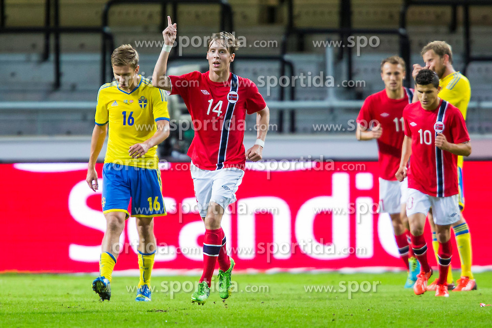 14.08.2013, Friends Arena, Solna, SWE, Testspiel, Schweden vs Norwegen, im Bild Norge 14 Stefan Johansen efter sitt 2-2 maljubel gl&auml;dje lycka glad happy // during the international friendly match between Sweden and Norway at the Friends Arena in Solna, Sweden on 2013/08/14. EXPA Pictures &copy; 2013, PhotoCredit: EXPA/ PicAgency Skycam/ Kenta J&ouml;nsson<br /> <br /> ***** ATTENTION - OUT OF SWE *****