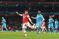26.11.2013, The Emirates Stadium, London, ENG, UEFA CL, FC Arsenal vs Olympique Marseille, Gruppe F, im Bild Arsenal's Oliver Giroud takes, shot at goal // Arsenal's Oliver Giroud takes, shot at goal during UEFA Champions League group F match between FC Arsenal and Olympique Marseille at the The Emirates Stadium in London, Great Britain on 2013/11/26. EXPA Pictures © 2013, PhotoCredit: EXPA/ Mitchell Gunn<br /> <br /> *****ATTENTION - OUT of GBR*****
