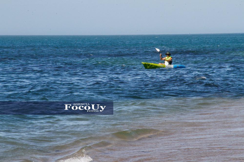 Rocha,  Uruguay. 11 de Enero de 2018.  <br /> Balneario La Paloma. Playa La Balconada.<br /> Deportes Acu&aacute;ticos<br /> Foto: Gast&oacute;n Britos / FocoUy