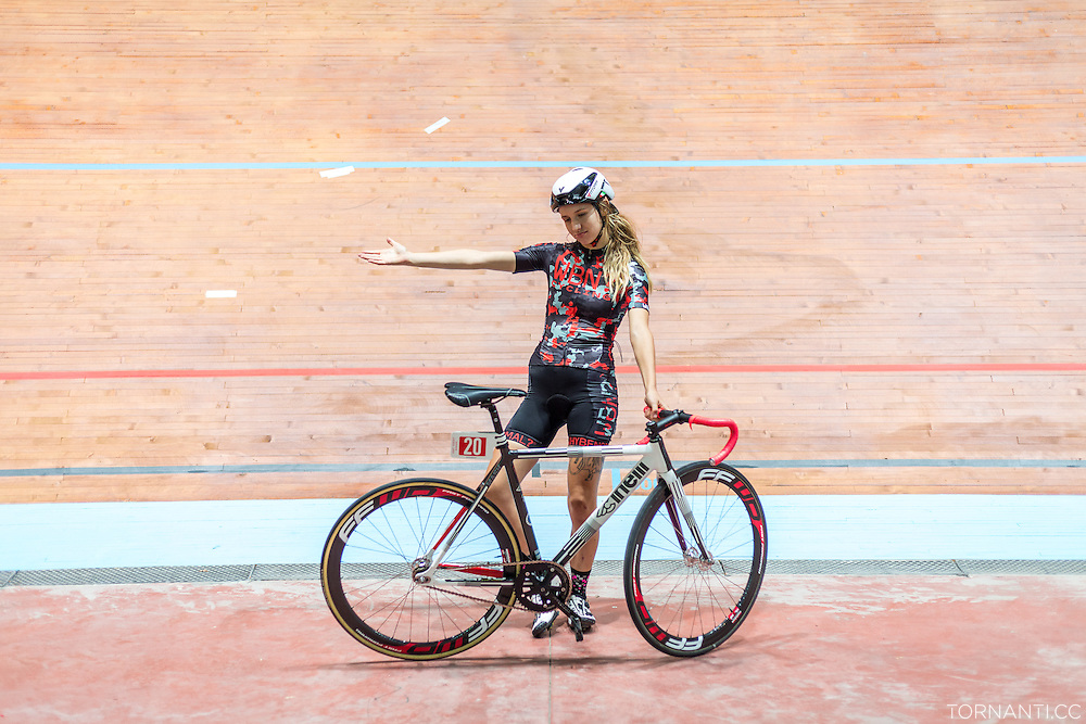 Keira McVitty (GB) poses during the &quot;Red Hook Crit Track Night&quot;, when the Vigorelli velodrome opened its doors to the riders that were in town for the upcoming RHC Milano no. 7<br />
