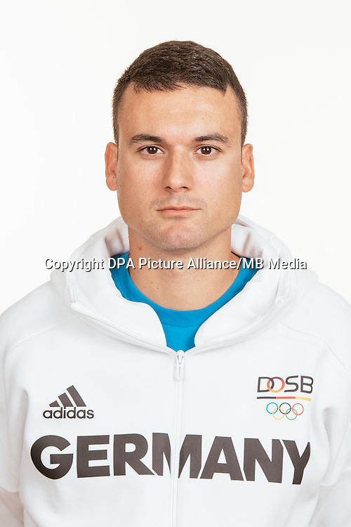 Srdan Veckow poses at a photocall during the preparations for the Olympic Games in Rio at the Emmich Cambrai Barracks in Hanover, Germany, taken on 18/07/16 | usage worldwide