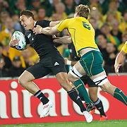 Israel Dagg, New Zealand, breaks clear of Rocky Elsom to set up New Zealand's try during the New Zealand V Australia Semi Final match at the IRB Rugby World Cup tournament, Eden Park, Auckland, New Zealand, 16th October 2011. Photo Tim Clayton...