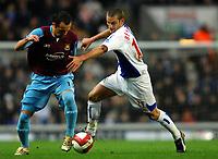 Photo: Paul Greenwood.<br />Blackburn Rovers v West Ham United. The Barclays Premiership. 17/03/2007.<br />West Ham's Matthew Etherington, (L) gets the better of David Bentley