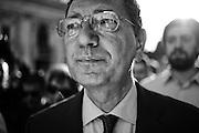 Ignazio Marino arriva in piazza del Campidoglio per il suo primo discorso pubblico alla cittadinanza. Roma, 13 giugno 2013. Christian Mantuano / OneShot <br /> <br /> Ignazio Marino comes in the Capitol Square for his first public speech to the citizens. Rome, 13 June 2013. Christian Mantuano / OneShot