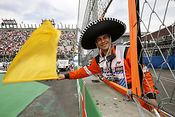 October 28, 2018 - Mexico-City, Mexico - Motorsports: FIA Formula One World Championship 2018, Grand Prix of Mexico, ..steward, Streckenposten, track marshal  (Credit Image: © Hoch Zwei via ZUMA Wire)