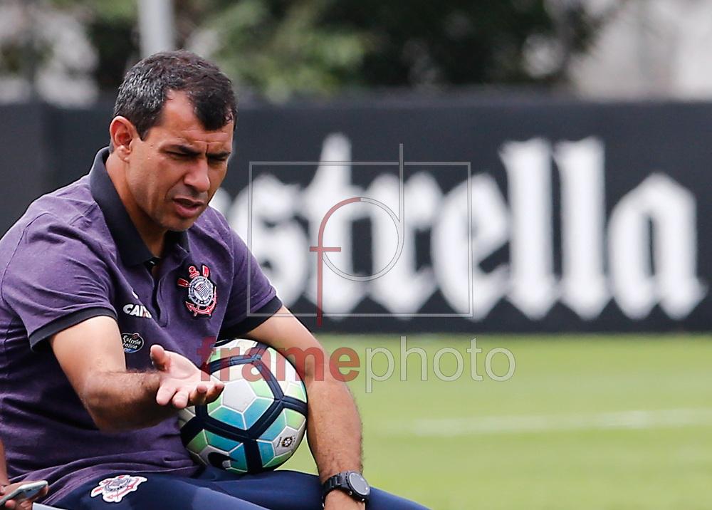 O técnico Fábio Carille do Corinthians durante o treino na manha desta segunda feira 13 no CT Joaquim Grava zona Leste de São Paulo Foto Marcelo D. Sants/FramePhoto.