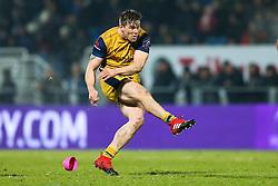 Jason Woodward of Bristol Rugby kicks - Rogan Thomson/JMP - 16/12/2016 - RUGBY UNION - Stade du Hameau - Pau, France - Pau v Bristol Rugby - EPCR Challenge Cup.