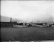26/11/1957<br /> 11/26/1957<br /> 26 November 1957<br /> Fishing boats at Ringsend, Dublin. The Loch Laoi and the Loch Lorgan in port.