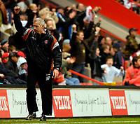 Photo: Alan Crowhurst.<br />Charlton Athletic v Aston Villa. The Barclays Premiership. 30/12/2006. Charlton coach Alan Pardew enjoys the victory.