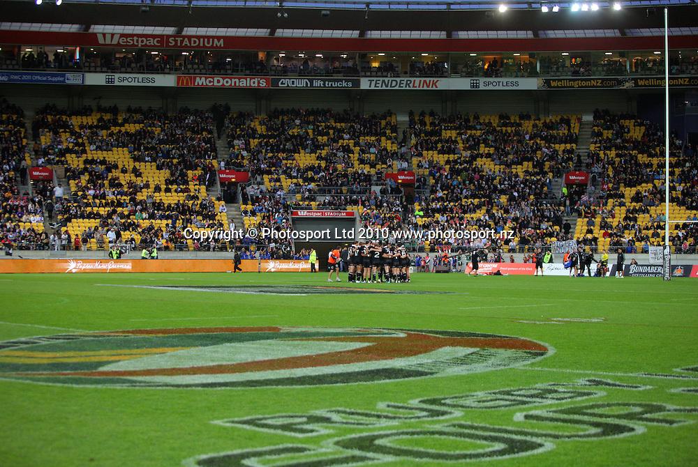 The Kiwis huddle before the match. Four Nations Rugby League - New Zealand Kiwis v England at Westpac Stadium, Wellington, New Zealand on Saturday, 23 October 2010. Photo: Dave Lintott / photosport.co.nz