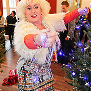 NLD/Amsterdam/20101208 - Skyradio Christmas Tree for Charity 2010, Karin Bloemen