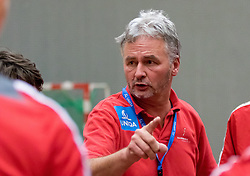 05.11.2016, SPORT. ZENTRUM Niederösterreich, St. Pölten, AUT, Invitational, Österreich vs Serbien, im Bild Trainer Roland Marouschek (AUT)// during the Invitational match between Austria and Serbia at the SPORT. ZENTRUM Niederösterreich, St. Pölten, Austria on 2016/11/05, EXPA Pictures © 2016, PhotoCredit: EXPA/ Sebastian Pucher