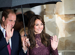 © Licensed to London News Pictures. 21/10/2015. London, UK. CATHERINE, Duchess of Cambridge, and PRINCE WILLIAM, Duke of Cambridge wave goodbye to  Chinese president  XI JINPING and his wife PENG LIYUAN after they attend Creative Collaborations event at Lancaster House in London, as part of the Chinese state visit to the uk. The couples were shown a new Aston Martin DB10 from the Spectre James bond film and new London Bus and taxi transports.  Photo credit: Ben Cawthra/LNP