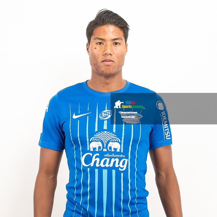THAILAND - JUNE 11: Niran Meemak #28 of Chon Buri FC on June 11, 2019.<br /> .<br /> .<br /> .<br /> (Photo by: Naratip Golf Srisupab/SEALs Sports Images/MB Media Solutions)