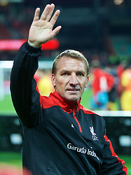 ADELAIDE, AUSTRALIA - Monday, July 20, 2015: Liverpool's manager Brendan Rodgers waves to supporters after the 2-0 victory over Adelaide United during a preseason friendly match at the Adelaide Oval on day eight of the club's preseason tour. (Pic by David Rawcliffe/Propaganda)