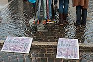 Roma, 07/10/2013: manifestazione per il diritto di cittadinanza agli immigrati e contro la Bossi Fini, piazza Esquilino.