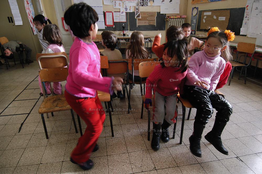 Roma, 08/02/2005: Scuola  Elementare Di Donato, quartiere Esquilino - Elementary School &quot;Di Donato,&quot; Esquilino area<br /> &copy;Andrea Sabbadini