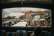 Kenia 2017: Su un Matatu, il mezzo più usato per muoversi a Nairobi