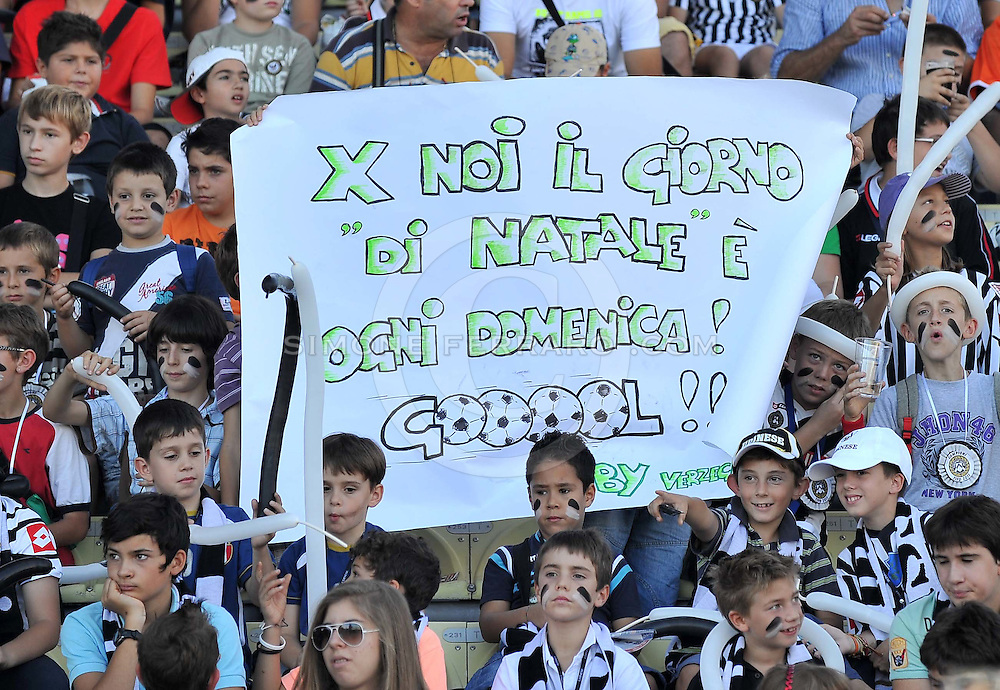 Udine, 02 Ottobre 2011.Campionato di calcio Serie A 2011/2012  6^ giornata..Udinese vs Bologna. Stadio Friuli..Nella Foto: tifosi Udinese..© foto di Simone Ferraro