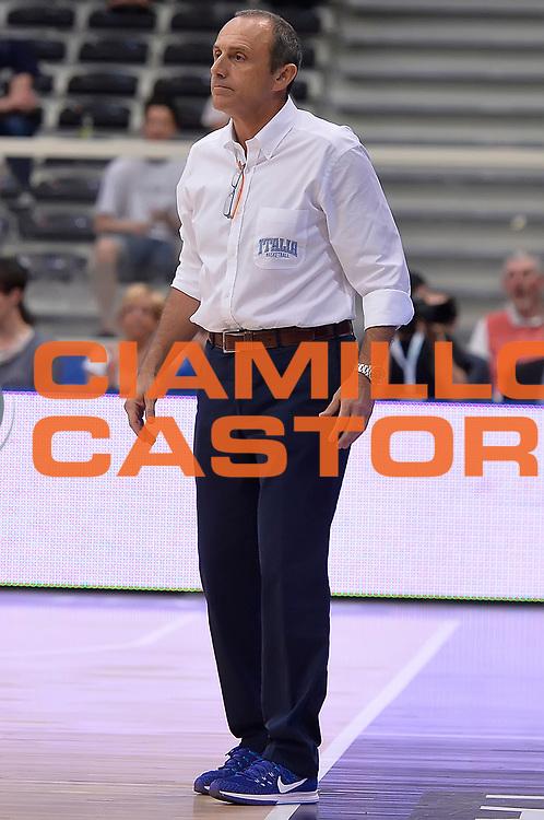 DESCRIZIONE : Trento Nazionale Italia Uomini Trentino Basket Cup Italia Repubblica Ceca Italy Czech Republic<br /> GIOCATORE : Ettore Messina<br /> CATEGORIA : allenatore<br /> SQUADRA : Italia Italy<br /> EVENTO : Trentino Basket Cup<br /> GARA : Trentino Basket Cup Italia Repubblica Ceca Italy Czech Republic<br /> DATA : 17/06/2016<br /> SPORT : Pallacanestro<br /> AUTORE : Agenzia Ciamillo-Castoria/R.Morgano<br /> Galleria : FIP Nazionali 2016<br /> Fotonotizia : Trento Nazionale Italia Uomini Trentino Basket Cup Italia Repubblica Ceca Italy Czech Republic