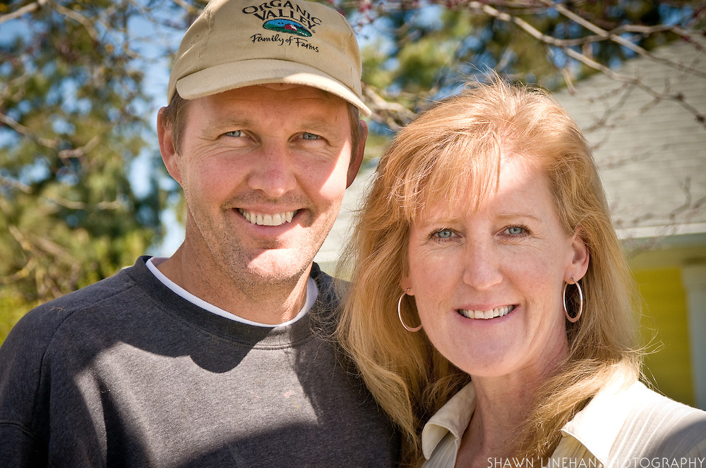 John and Julianne Bansen are Organic Valley dairy farmers.