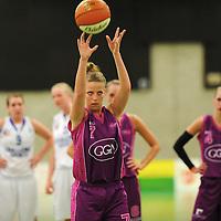 TUBBERGEN  - Eurosped Twentenbv v Challenge Sports.Dames basket bal.Strafworp Niki Avery.Editie ; Sport.FFU PRESS AGENCY COPYRIGHT FRANK UIJLENBROEK.TT100428.