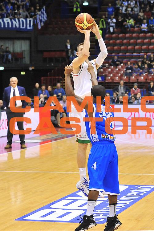 DESCRIZIONE : Milano Final Eight Coppa Italia 2014 Finale Montepaschi Siena - Dinamo Banco di Sardegna Sassari<br /> GIOCATORE : Matt Janning<br /> CATEGORIA : Tiro Tre Punti<br /> SQUADRA : Montepaschi Siena<br /> EVENTO : Final Eight Coppa Italia 2014 Milano<br /> GARA : Montepaschi Siena - Dinamo Banco di Sardegna Sassari<br /> DATA : 09/02/2014<br /> SPORT : Pallacanestro <br /> AUTORE : Agenzia Ciamillo-Castoria / Luigi Canu<br /> Galleria : Final Eight Coppa Italia 2014 Milano<br /> Fotonotizia : Milano Final Eight Coppa Italia 2014 Finale Montepaschi Siena - Dinamo Banco di Sardegna Sassari<br /> Predefinita :