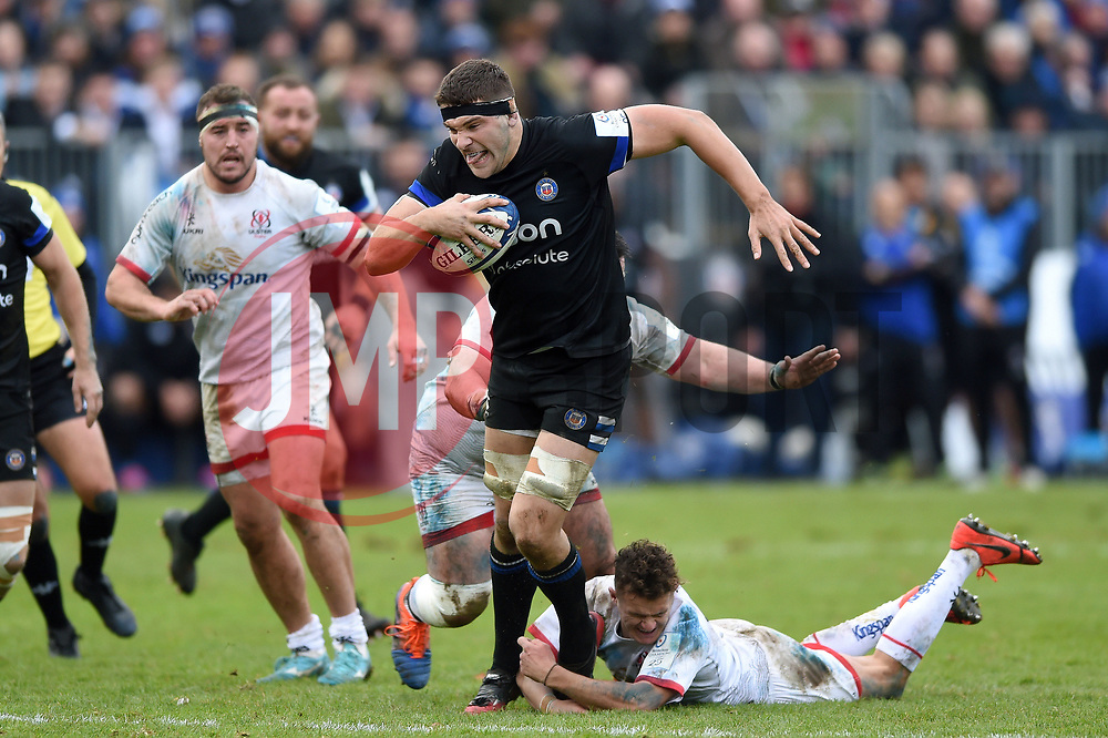 Charlie Ewels of Bath Rugby goes on the attack - Mandatory byline: Patrick Khachfe/JMP - 07966 386802 - 16/11/2019 - RUGBY UNION - The Recreation Ground - Bath, England - Bath Rugby v Ulster Rugby - Heineken Champions Cup